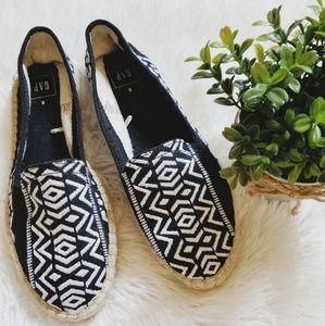 Gap Tribal print Espadrille loafers